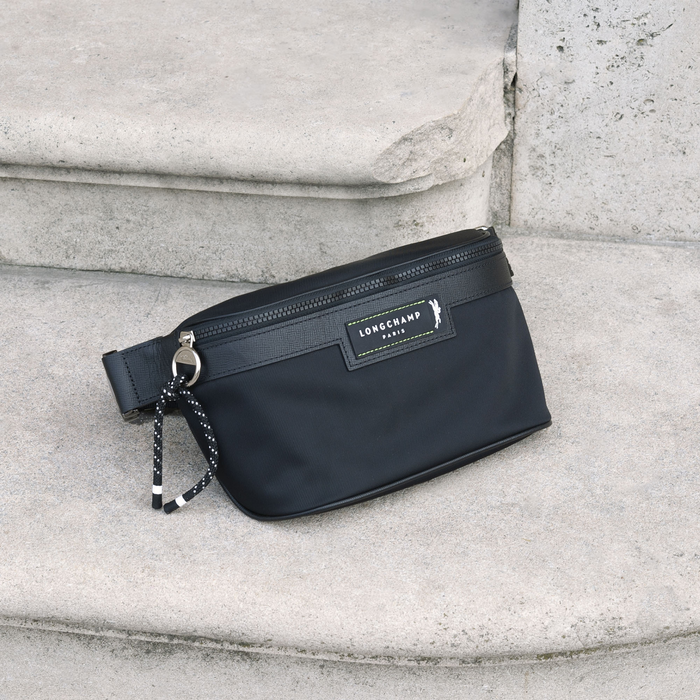 Green District Belt bag, Black