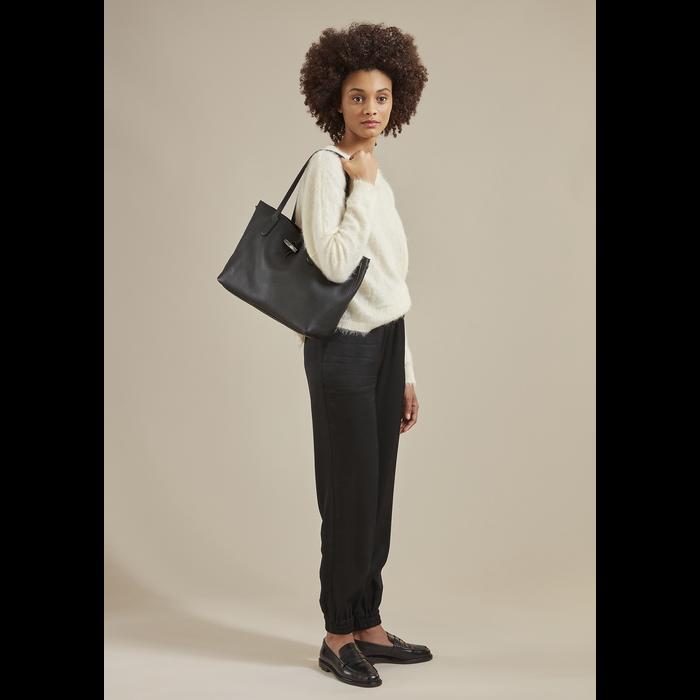 Roseau Essential Shoulder bag, Talc
